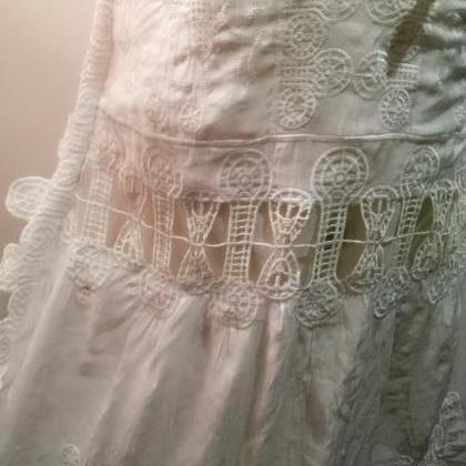 Deep V hollow embroidery fairy cond..