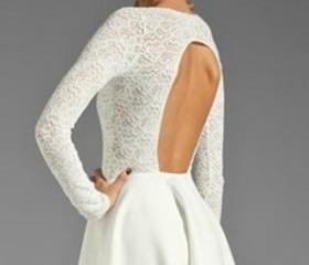 BACKLESS LONG SLEEVE LACE DRESS