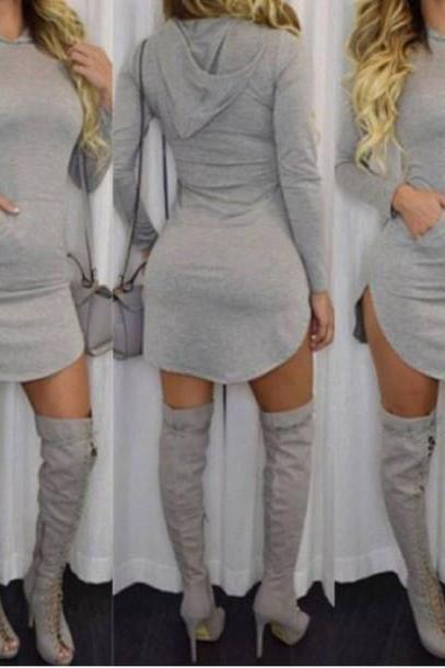 LONG-SLEEVED HOODED GRAY DRESS