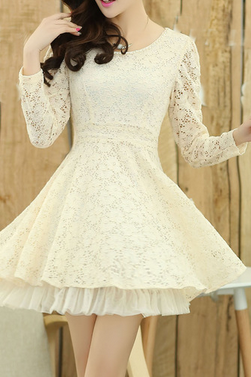 Sweet long-sleeved lace dress